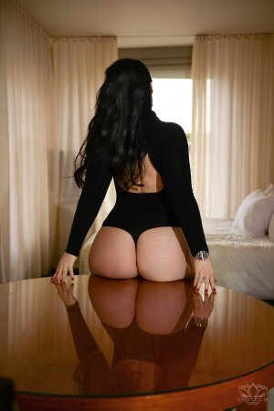 Danita live escort & erotic massage