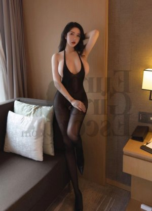 Faridah live escort in Lutz & thai massage