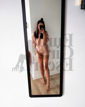 Katalyne live escort in North Liberty