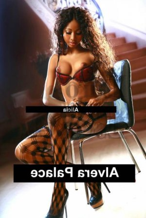 Malica escort girl and thai massage