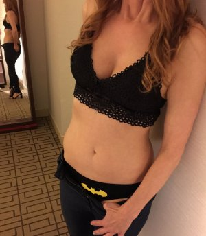 Vana happy ending massage in Marana, escort girl